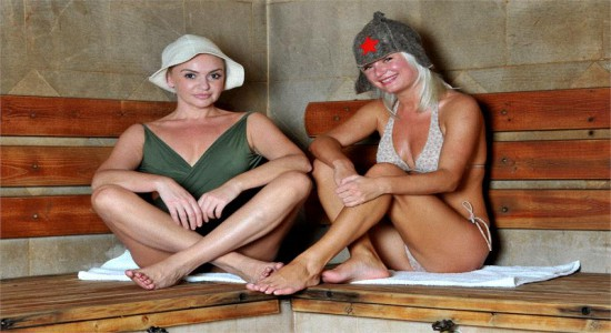 С тещей и женой в бане видео — img 7