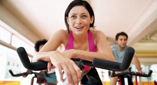 Эффективная тренировка на велотренажере для похудения
