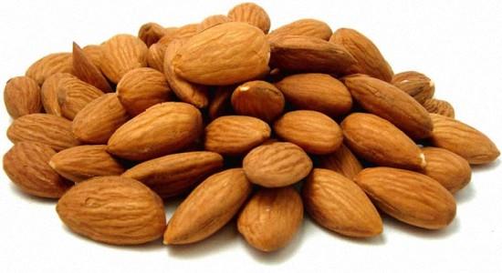 Польза миндального ореха для здоровья