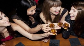 Женский Алкоголизм - Причины и Симптомы