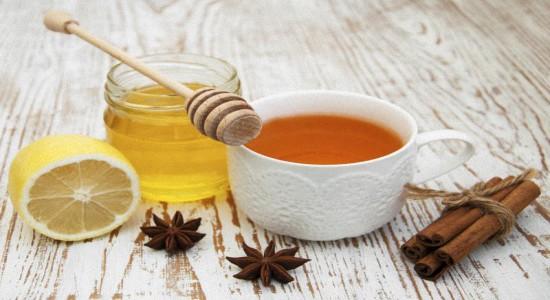 Можно ли пить горячий чай с медом